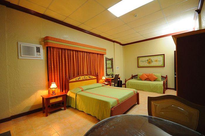Family room 110