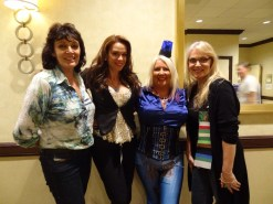 Gallifrey One 2013 - With Sarah Douglas, Chase Masterson and Sam Stone