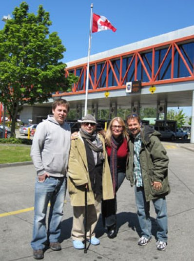 Canada/Washington State Border 2010 - With Sam Smith, Sylvester McCoy and Vito - Return to Vancouver Tour