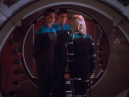 """""""Star Trek: DS9"""" - """"Melora"""" - With Alexander Siddig and Terry Farrell"""