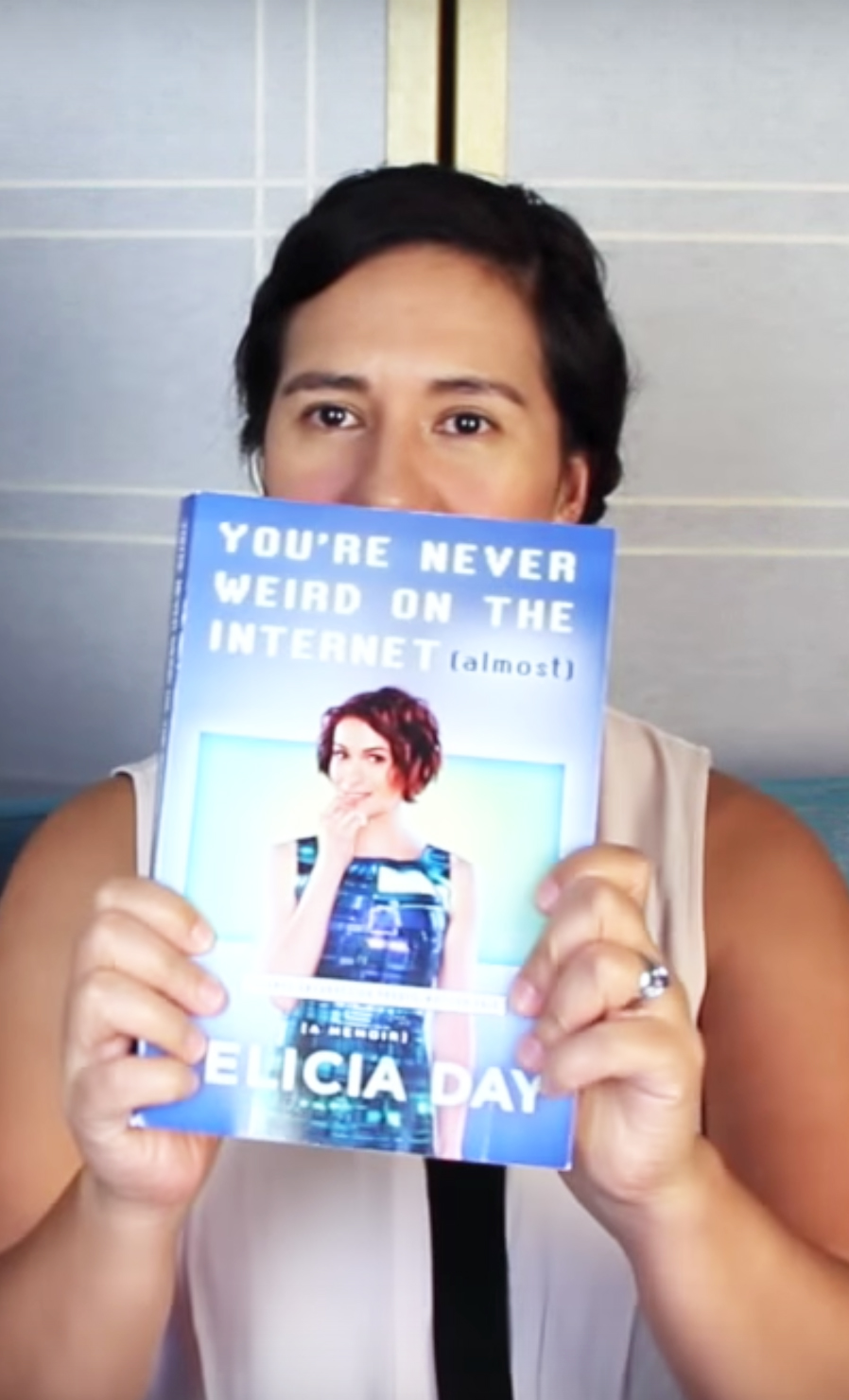 Book review: you're never weird on the internet by felicia day