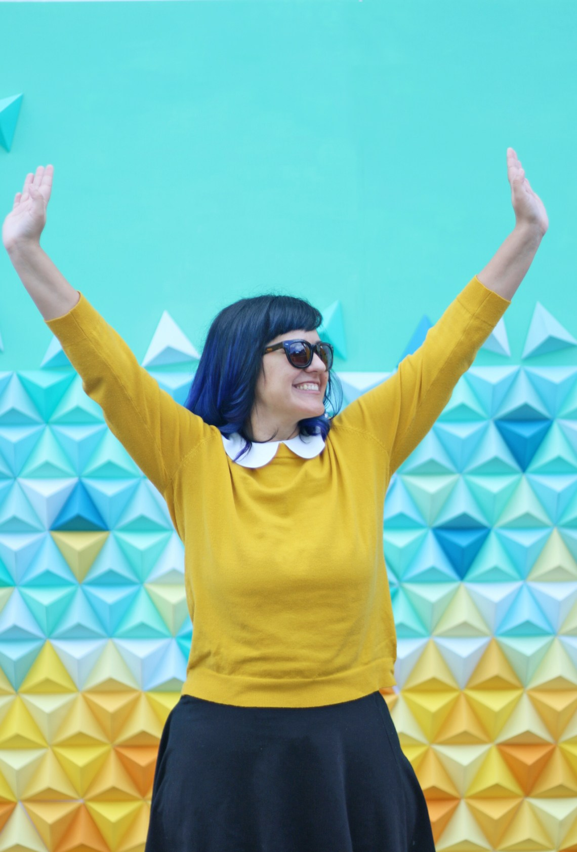 Origami Triangles Backdrop for stage and photos by Dapper Animals