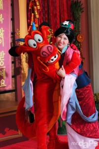 0948_Mulan_Mushu_Lunar_New_Year_January_31_2014