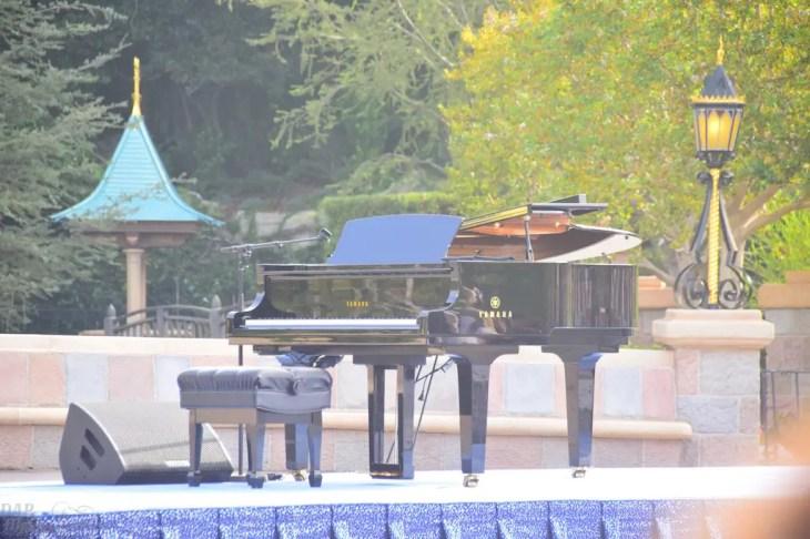 Piano during Disneyland 60 ceremony