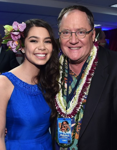 """HOLLYWOOD, CA - NOVEMBER 14: Actress Auli'i Cravalho (L) and Executive producer John Lasseter attend The World Premiere of Disney's """"MOANA"""" at the El Capitan Theatre on Monday, November 14, 2016 in Hollywood, CA. (Photo by Alberto E. Rodriguez/Getty Images for Disney) *** Local Caption *** Auli'i Cravalho; John Lasseter"""