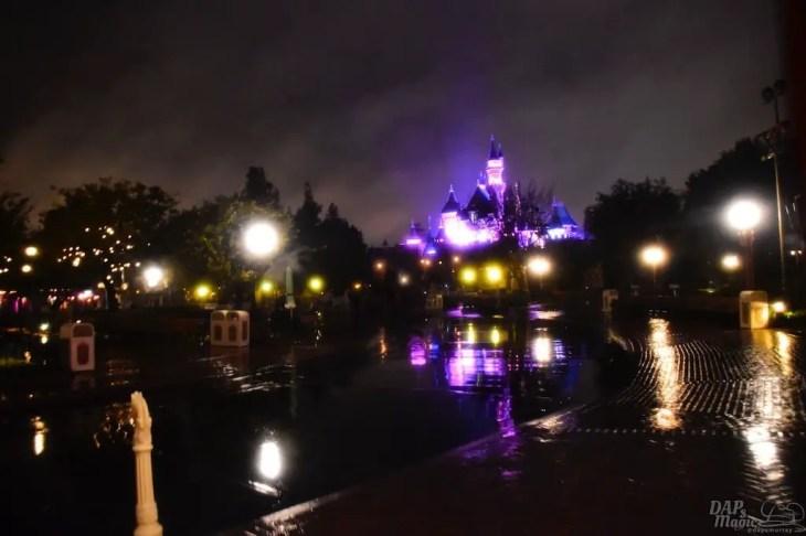 DisneylandCaliforniaAdventureRain 4