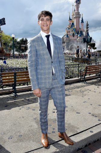 PARIS, FRANCE - MAY 14: Brenton Thwaites attends the European Premiere to celebrate the release of Disney's 'Pirates of the Caribbean: Salazar's Revenge' at Disneyland Paris on May 14, 2017 in Paris, France. (Photo by Kristy Sparow/Getty Images for Disney) *** Local Caption *** Brenton Thwaites