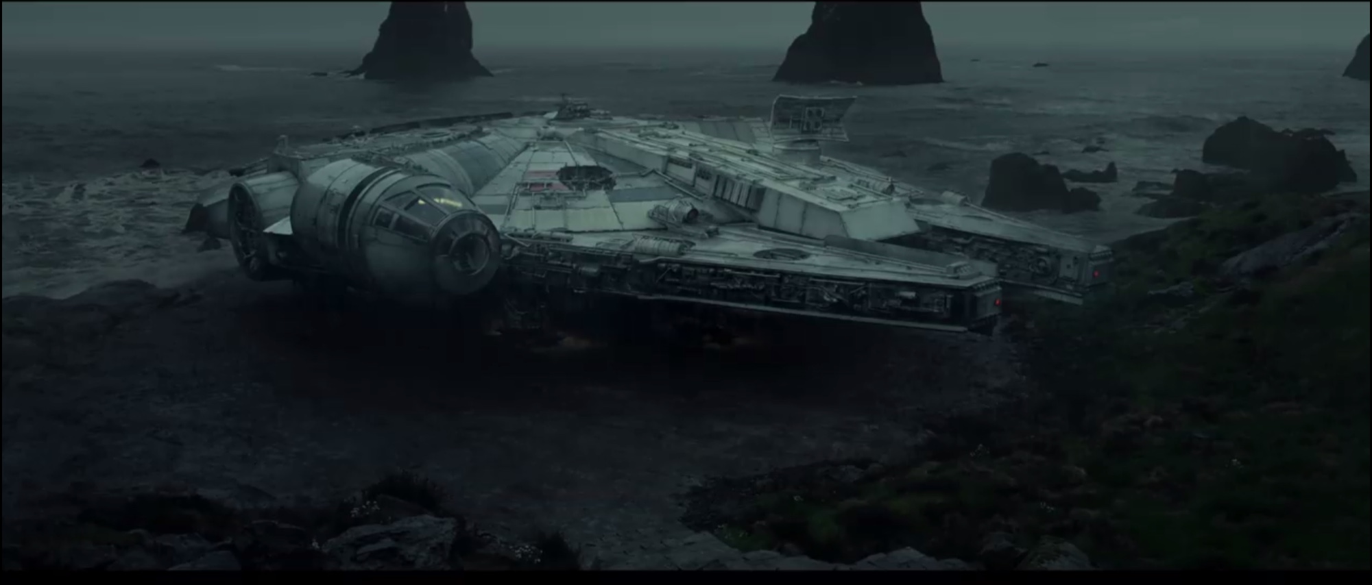 Millennium Falcon - Star Wars: The Last Jedi