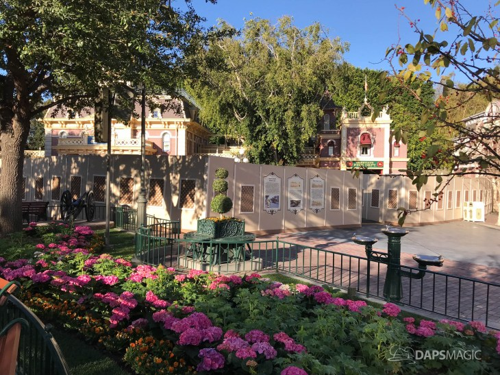 Disneyland Town Square Bricks With Walls Down in Spring-18
