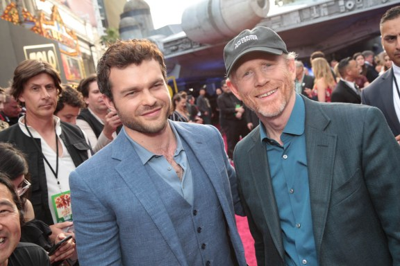 "Alden Enrenreich and Ron Howard pose together at the world premiere of ""Solo: A Star Wars Story"" in Hollywood on May 10, 2018. (Photo: Alex J. Berliner/ABImages)"