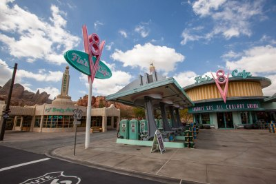 Flo's V8 Café - Disney California Adventure