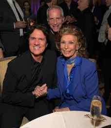 "BEVERLY HILLS, CA - JANUARY 11: Sophia Loren host a star-studded reception for ""Mary Poppins Returns,"" nominated for 4 Golden Globe® Awards including Best Picture, 9 Critics' Choice Awards and AFI's Top 10 Films of 2018 at a special screening. Filmmakers joining her at the reception were: director Rob Marshall, producer John DeLuca, director of photography Dion Beebe, production designer John Myhre, composer, songwriter/co-lyricist Marc Shaiman and co-lyricist Scott Wittman>> at Montage Beverly Hills on January 11, 2019 in Beverly Hills, California (Photo by Charley Gallay/Getty Images for Disney) *** Local Caption *** Rob Marshall;Sophia Loren;Marc Platt"