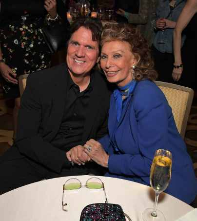 """BEVERLY HILLS, CA - JANUARY 11: Sophia Loren host a star-studded reception for """"Mary Poppins Returns,"""" nominated for 4 Golden Globe® Awards including Best Picture, 9 Critics' Choice Awards and AFI's Top 10 Films of 2018 at a special screening. Filmmakers joining her at the reception were: director Rob Marshall, producer John DeLuca, director of photography Dion Beebe, production designer John Myhre, composer, songwriter/co-lyricist Marc Shaiman and co-lyricist Scott Wittman>> at Montage Beverly Hills on January 11, 2019 in Beverly Hills, California (Photo by Charley Gallay/Getty Images for Disney) *** Local Caption *** Rob Marshall;Sophia Loren"""