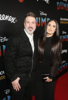 """LOS ANGELES, CA - MARCH 11: Joey Fatone (L) and Kelly Baldwin attend the World Premiere of Disney's """"Dumbo"""" at the El Capitan Theatre on March 11, 2019 in Los Angeles, California. (Photo by Jesse Grant/Getty Images for Disney) *** Local Caption *** Kelly Baldwin; Joey Fatone"""