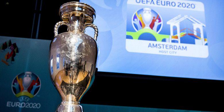 Trofi Piala Eropa (Foto:kompas/AFP)