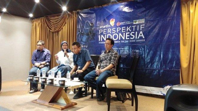 Komisioner Komnas HAM Beka Ulung Hapsara (kanan) dalam diskusi bertajuk 'Bagaimana Sebaiknya Mengurus Papua' di kawasan Cikini Raya, Jakarta Pusat, Sabtu (31/8/2019). (Foto: Suara.com)