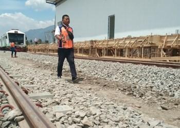 Kereta inspeksi PT KAI dalam uji coba jalur Cibatu-Wanaraja, Kamis (3/10/2019). Foto: dara.co.id/Beni