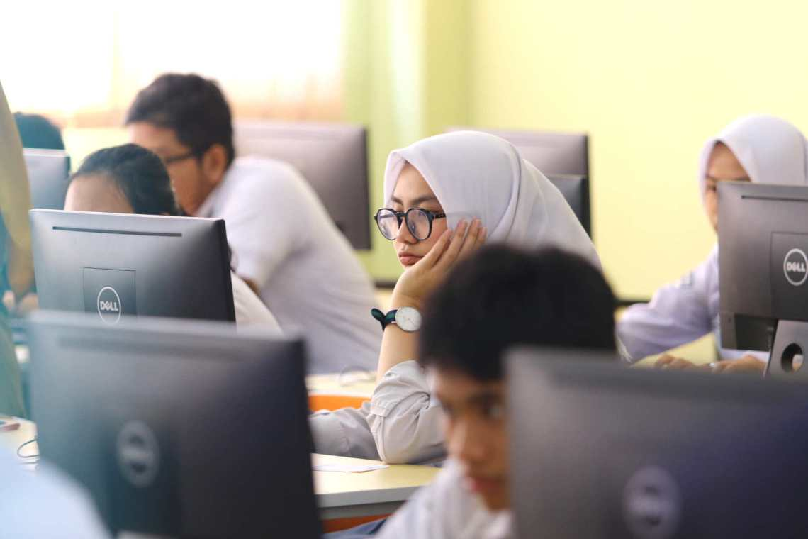 Ilustrasi pelajar SMA/SMK. (Foto: Ayobandung/Irfan Al-Faritsi)