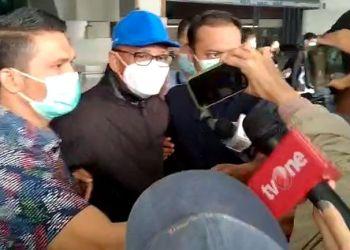 Komisi Pemberantasan Korupsi (KPK) menangkap tangan Gubernur Sulawesi Selatan, Nurdin Abdullah di rumah dinasnya pada Sabtu (27/2/2021) dini hari.(Foto: okezone)