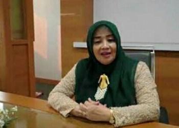 Ketua DPRD Garut, Euis Ida Wartiah