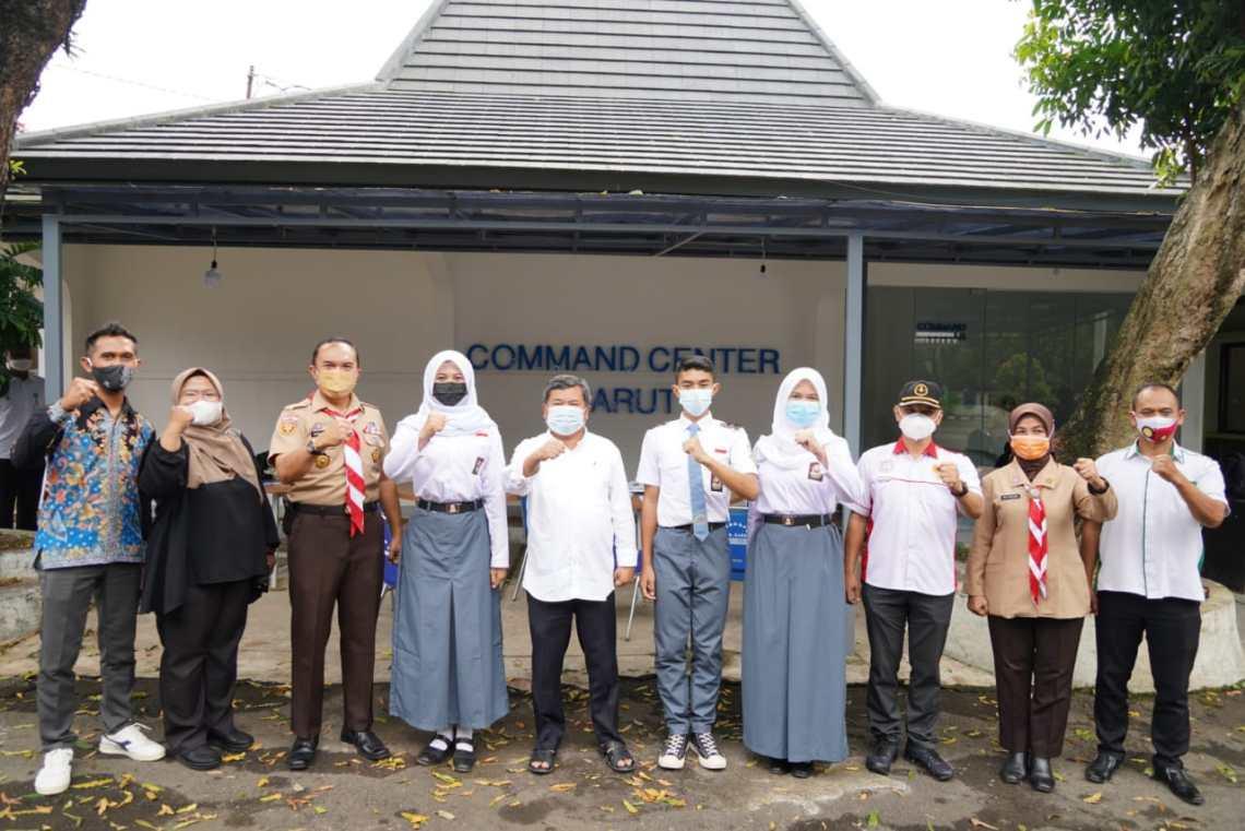 Bupati Garut Rudy Gunawan menerima tiga capaska asal Kabupaten Garut ke tingkat nasional dan juga tingkat provinsi  (Foto: Istimewa)