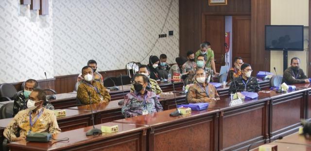Sebanyak 10 penjabat Kabupaten Bandung dan Kabupaten Bandung Barat mengikuti Assesment di Center Polda Jawa Barat, Jalan Soekarno Hatta, Kota Bandung, Kamis (27/5/2021) lalu. (Foto : dok/dara.id)