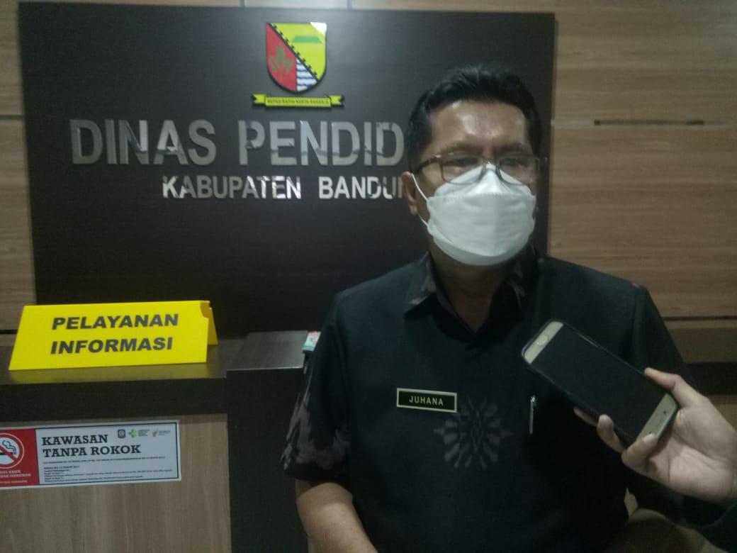 Kepala Dinas Pendidikan Kabupaten Bandung, Juhana (Foto: Verawati/dara.co.id)