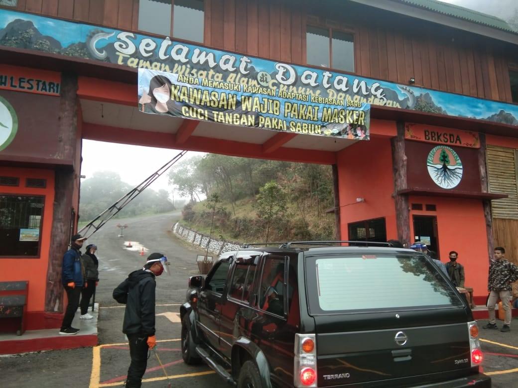 Wisatawan mulai mengunjungi TWA Gunung Papandayan di Kecamatan Cisurupan, Kabupaten Garut, Jawa Barat. (Foto : ist)