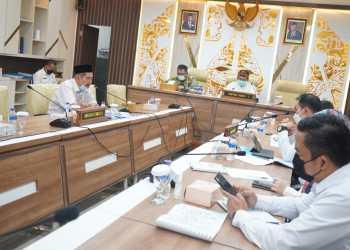 Komisi I DPRD Jabar gelar rapat kerja bersama mitra kerja membahas RKUA-PPAS Tahun 2022 di ruang rapat Komisi I DPRD Jabar (Foto: Medikom/Ist)