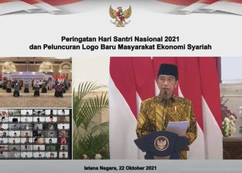 Presiden Joko Widodo saat memberikan sambutan pada Peringatan Hari Santri Nasional Tahun 2021 dan Peluncuran Logo Baru MES, Jumat (22/10/2021), di Istana Negara, Jakarta. (Sumber: Tangkapan Layar YouTube Sekretariat Presiden)