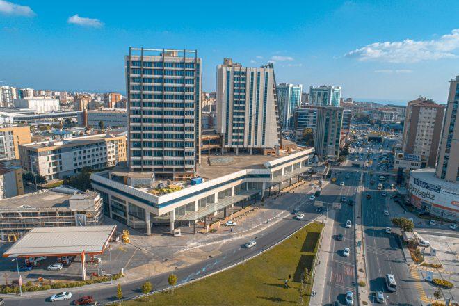 شقق فخمة في اسطنبول بيليك دوزو ضمن مجمع جاهز للسكن