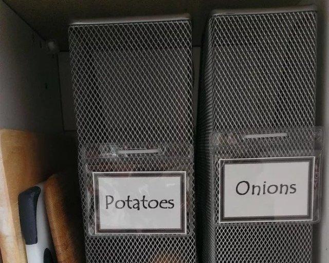 arrange storage space
