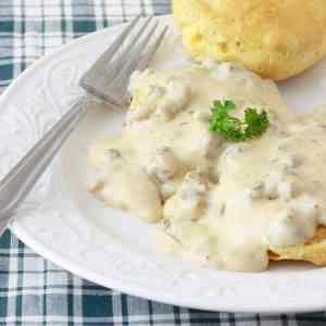 southern style sausage gravy biscuits recipe
