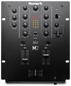 Battle Mixer Numark M2