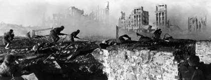 SOVIET SOLDIERS, STALINGRAD, WW2
