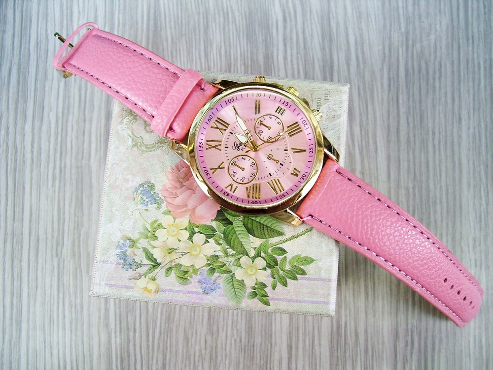 buying ladies watch