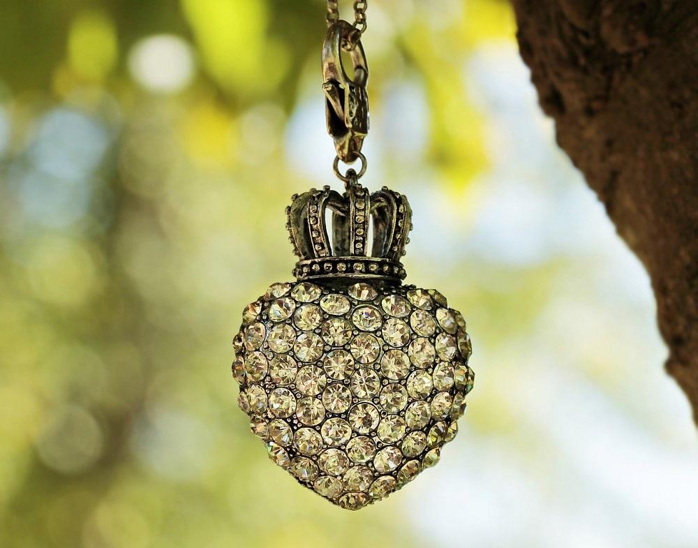 jewellery items