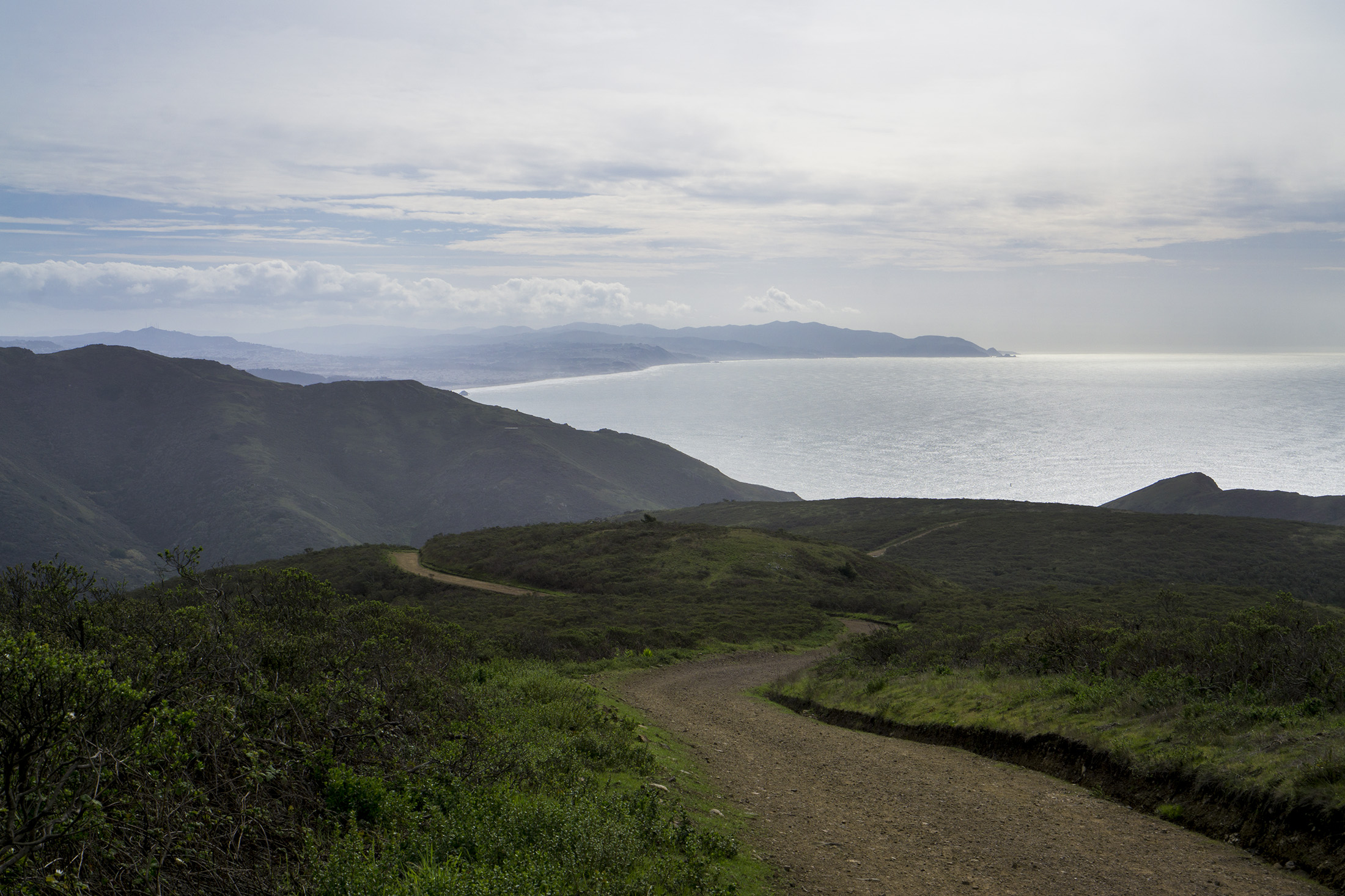 Pacific Ocean along the Tennessee Valley Trail, Marin Headlands, Golden Gate National Recreation Area / Darker than Green