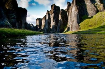 Fjaðrárgljúfur in Islanda è uno dei canyon più belli del ...