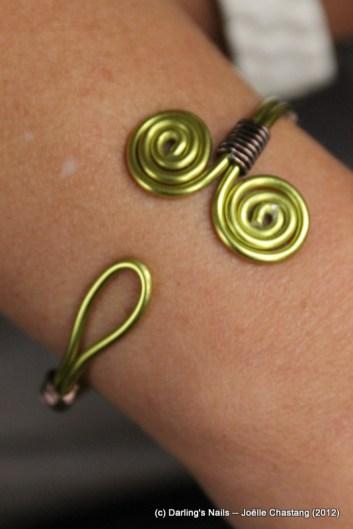Bracelet simples spirales prix : 9€