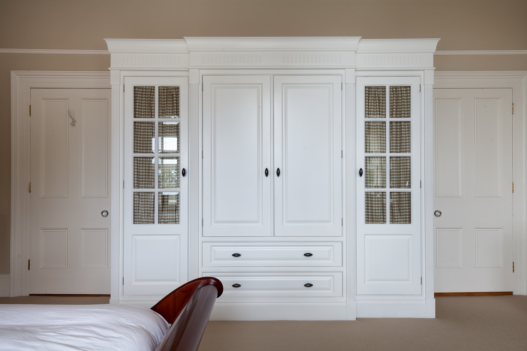 Wardrobes Darren Peirce Kitchens Luxury Bespoke