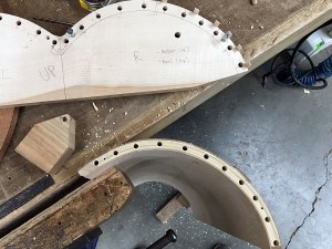Doweling jig on curved panel edge