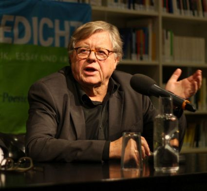 Herausgeber Fitzgerald Kusz im Interview