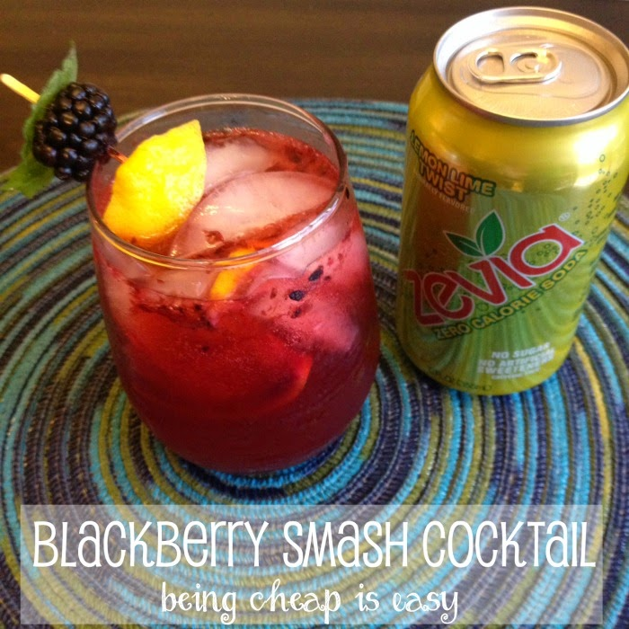 Blackberry Gin Smash using Zevia! So refreshing and easy to make! @DashOfEvans