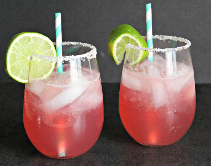 Say hello to your new BFF: Rosé-Rita! Sweet rosé wine, mixed with Stirrings Blood Orange mixer and tequila! Yum! #StirringsMixologyContest