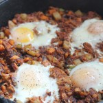 BBQ Pulled Pork Hash--a quick and easy meal for breakfast, lunch or brinner! Using Curly's IPA Pulled Pork and fresh veggies, this is a hit for everyone. YUM! via @Dashofevans