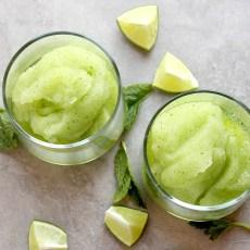 Cocktail Recipe: Passion Fruit Frozen Mojito