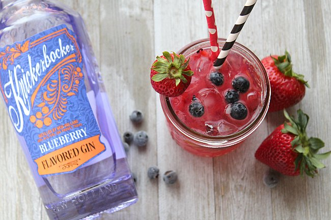 Blueberry cocktails are SO hot right now! What better way to jump on the bandwagon than with New Holland Knickerbocker Bluberry Gin. It screams summer and can easily be sipped on the rocks. Or, make this Berry Gin Smash! via @DashOfEvans