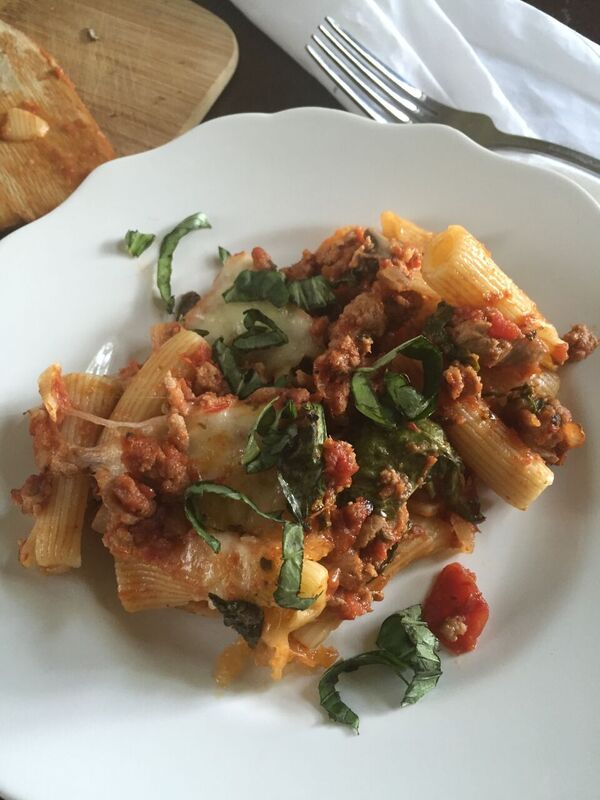 Make your own homemade easiest-ever pasta sauce in about 30 minutes with this simple step-by-step tutorial plus a delicious pasta bake recipe. by Dash of Jazz