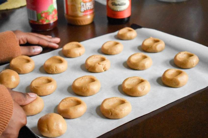 PB&J Thumbprint Cookies | Dash of Jazz